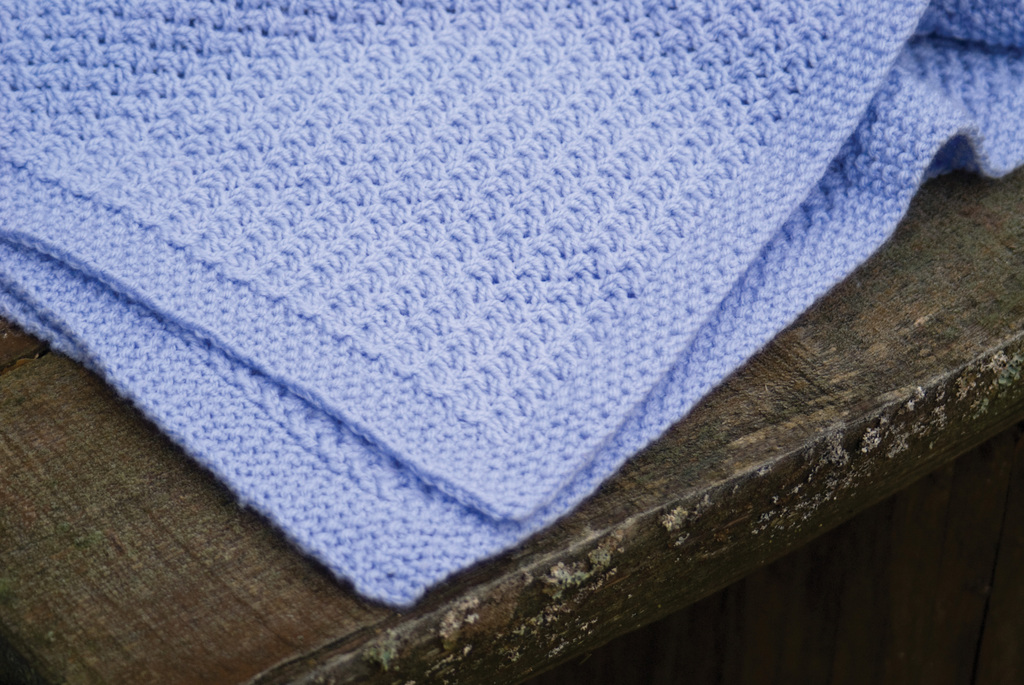 Knitting Pattern For An Easy Baby Blanket : BABY BLANKET KNITTING PATTERNS FREE FREE PATTERNS