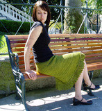 Sawtooth_skirt_seated