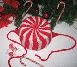 108_peppermint_hat_a_thumb