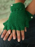 A002buttoncuff_fingerlessgloves_thumb