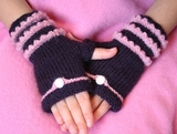 Fairytale_fingerless_mitts_004_thumb
